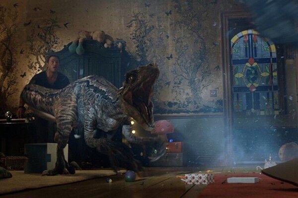 кадры и фото из фильма Мир Юрского периода 2