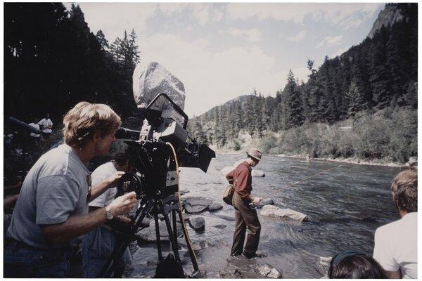 кадры и фото из фильма Там, где течет река
