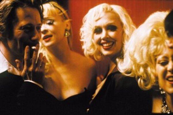 кадры и фото из фильма Турне