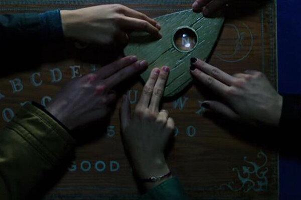 кадры и фото из фильма Уиджи. Доска дьявола