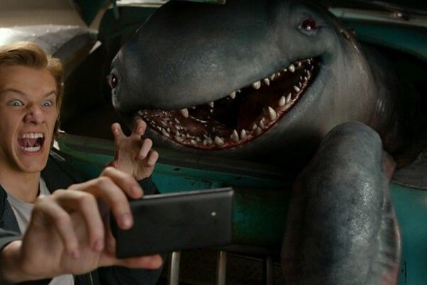 кадры и фото из фильма Монстр траки