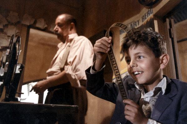 кадры и фото из фильма Новый кинотеатр «Парадизо»