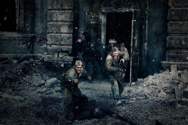 кадры и фото из фильма Сталинград
