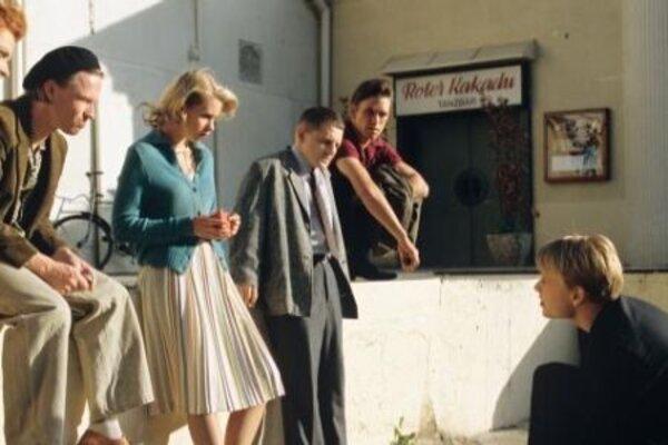 кадры и фото из фильма Красный какаду