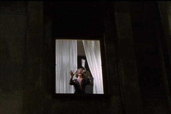 кадры и фото из фильма Кроваво-красный
