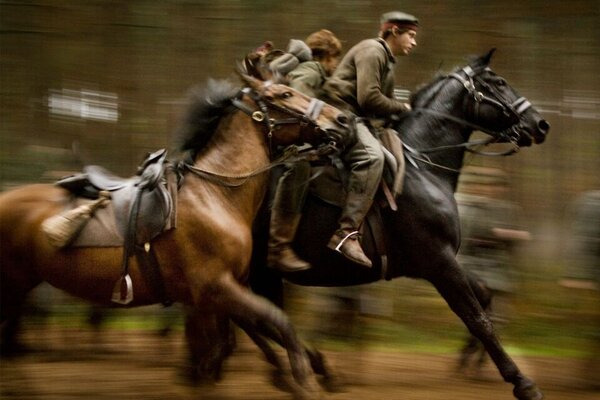 кадры и фото из фильма Боевой конь