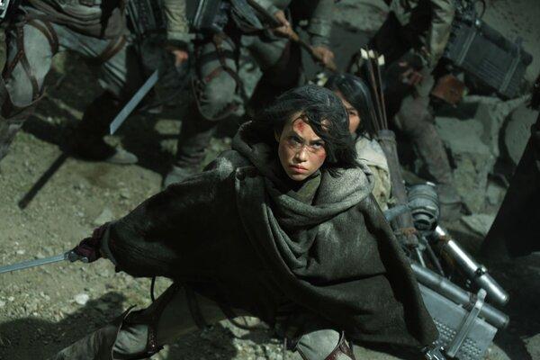 кадры и фото из фильма Атака титанов. Фильм второй: Конец света