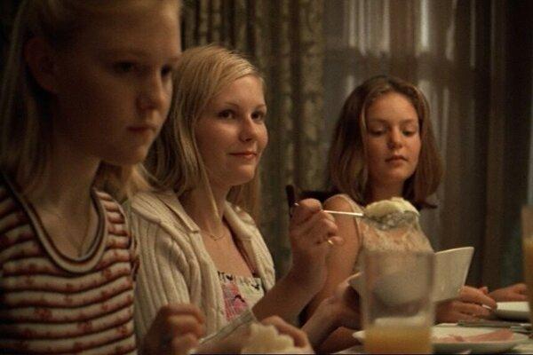 кадры и фото из фильма Девственницы-самоубийцы