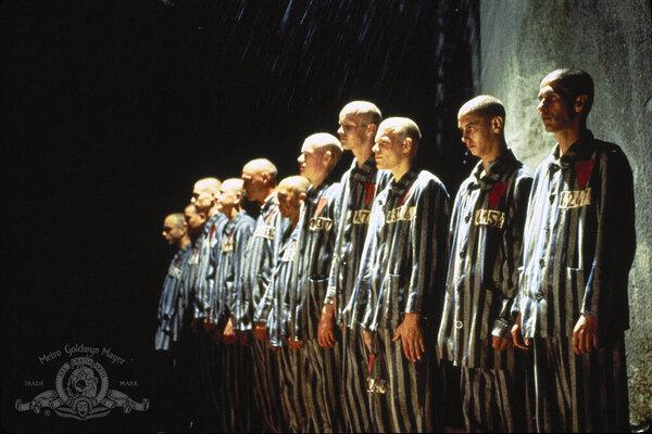 кадры и фото из фильма Склонность