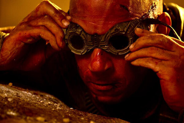 кадры и фото из фильма Риддик IMAX
