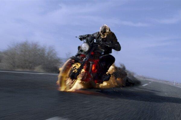 кадры и фото из фильма Призрачный гонщик 2 в 3D