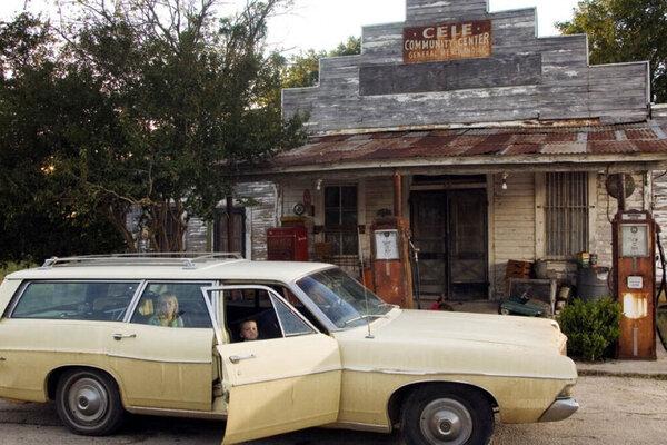кадры и фото из фильма Техасская резня бензопилой: Начало