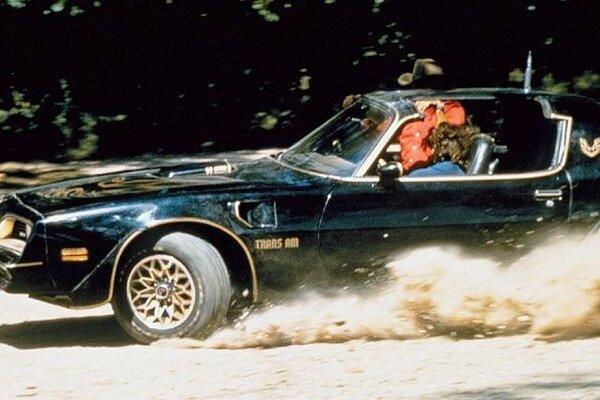 кадры и фото из фильма Смоки и Бандит