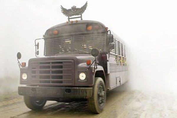 кадры и фото из фильма Мальчик-оборотень и волшебный автобус