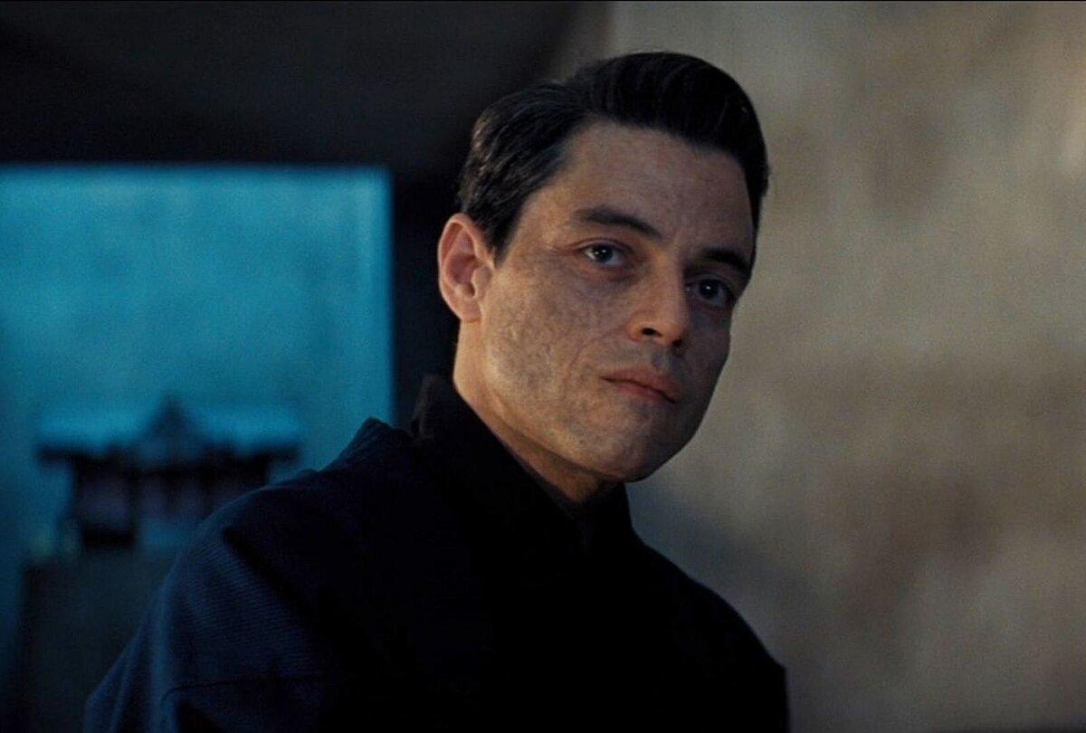 Режиссер «Не время умирать» прокомментировал слухи, что персонаж Рами Малека  — это злодей Доктор Ноу