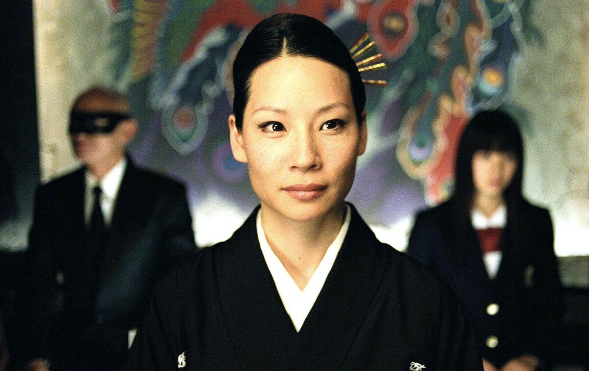 Азиатка Люси Ли