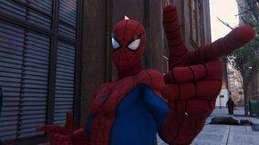 Три мальчика дали себя укусить Черной вдове в надежде стать Человеком-пауком
