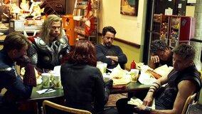 Сцену с шаурмой в «Мстителях» вдохновила одна из самых трагичных сцен сериала «Ангел»