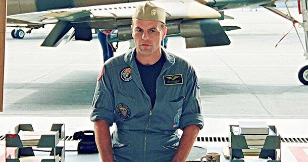 Майкл Айронсайд не вернется в сиквел «Лучшего стрелка» из-за конфликта с Джерри Брукхаймером