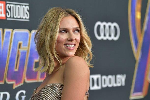 Скарлетт Йоханссон возглавила список самых высокооплачиваемых актрис по версии Forbes
