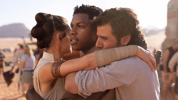 9 эпизод «Звездных войн» заработал 374 млн долларов в премьерный уикенд, несмотря на критику