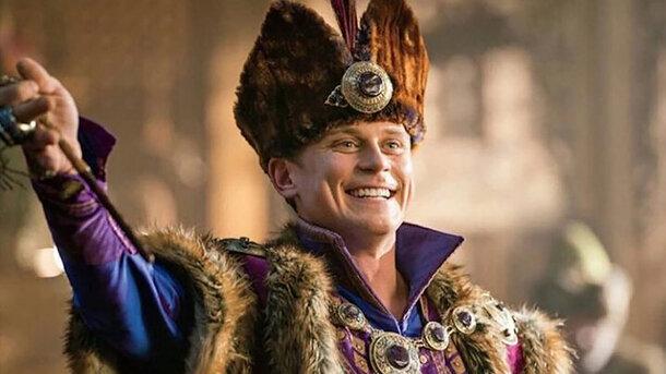 Неловко вышло: Disney анонсировал спин-офф «Аладдина» о белом герое второго плана, пока Мена Массуд жалуется на отсутствие ролей
