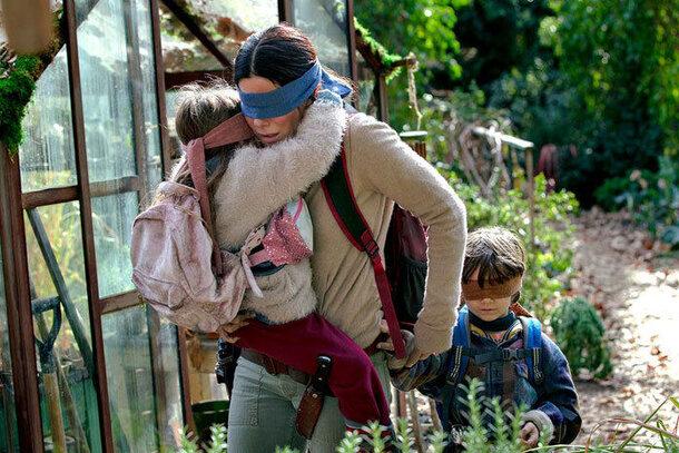 Только не смотри: Сандра Буллок в трейлере «слепого» хоррора «Птичий короб»