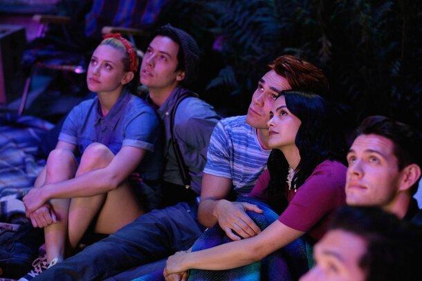 Еще больше загадок: представлен новый трейлер 4 сезона «Ривердейла»