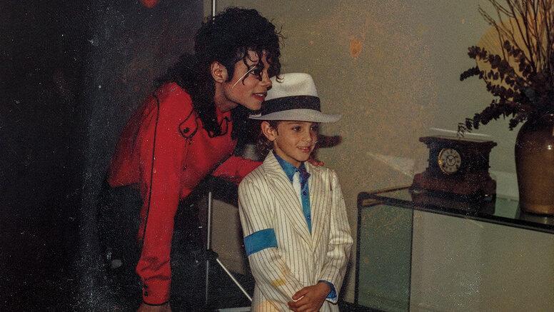 Семья Майкла Джексона назвала фильм «Покидая Неверленд» ложью. Жертвы ответили