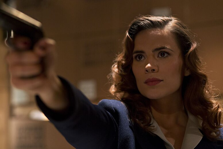 Слухи: Хейли Этвелл вернется к роли Пегги Картер в 7 сезоне «Агентов Щ.И.Т»