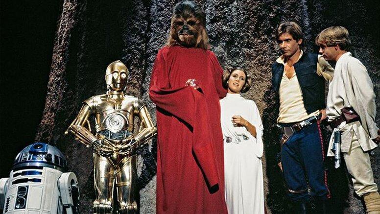 Джон Фавро намекнул на съемки специального рождественского эпизода «Звездных войн» для Disney+