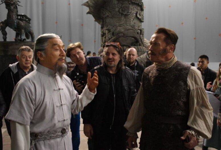 Джеки Чан против Арнольда Шварценеггера в трейлере «Железной маски»