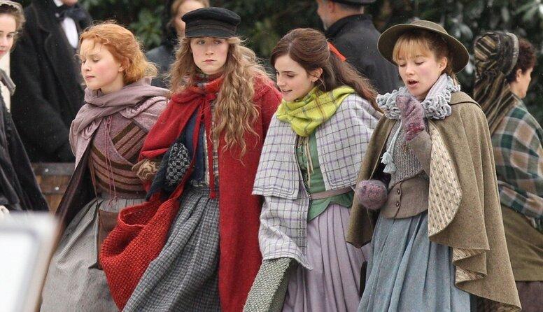 Эмма Уотсон и Сирша Ронан на съемках драмы «Маленькие женщины»