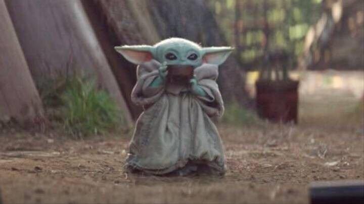 Джон Фавро объяснил, почему малыш Йода из «Мандалорца» завоевал интернет
