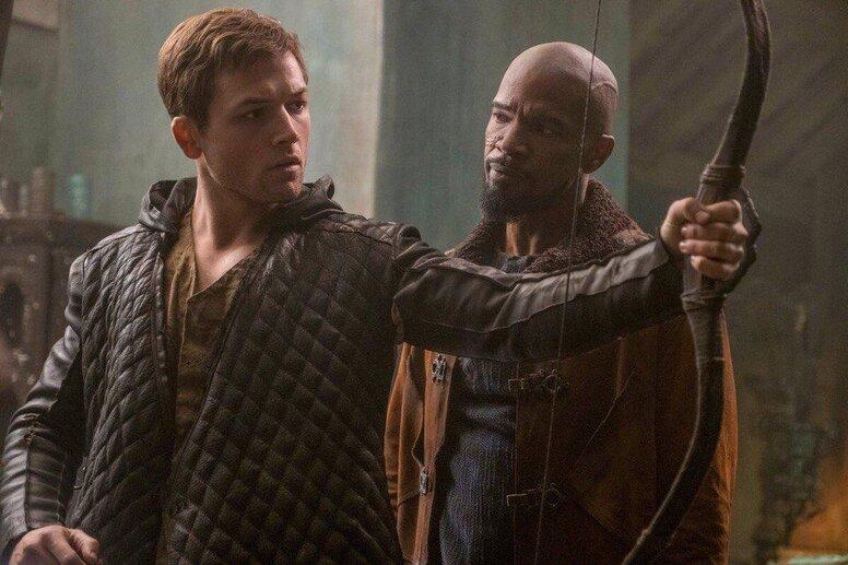 Худший фильм года: кинокритики смешали с грязью новый «Робин Гуд: Начало»