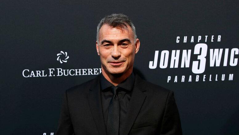 Режиссёр «Джона Уика» поможет с пересъёмками «Хищных птиц»