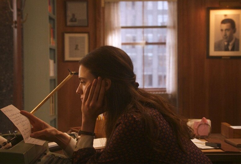 Начинаем вещание с юбилейного Белинале: уже посмотрели фильм открытия «Мой год Сэлинджера»