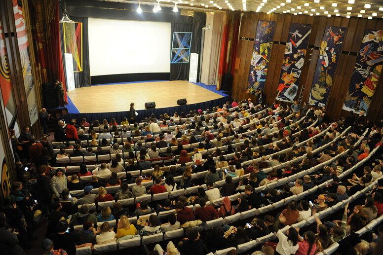 Анимационный фестиваль в Суздале: питчинг анимационных проектов «Союзмультфильма», немного мультсериалов и награждение победителей.