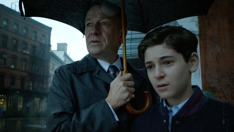 Будущий дворецкий Бэтмена всвоём сериале встретится спотомками Джека-потрошителя