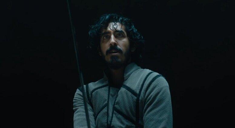 Дев Патель в роли рыцаря Круглого стола в первом тизере «Зеленого рыцаря»