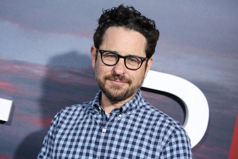 Джей Джей Абрамс готовится к съемкам фантастического сериала Demimonde для HBO