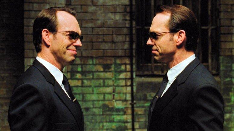 Хьюго Уивинг объяснил, почему не вернется к роли агента Смита в «Матрице 4»