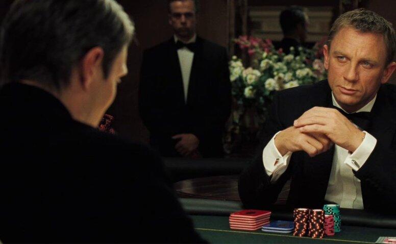 Казино рояль россия игры карты в дурака играть бесплатно на весь экран