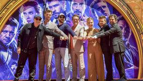 «Мстители» оставили отпечатки рук уКитайского театра в Голливуде